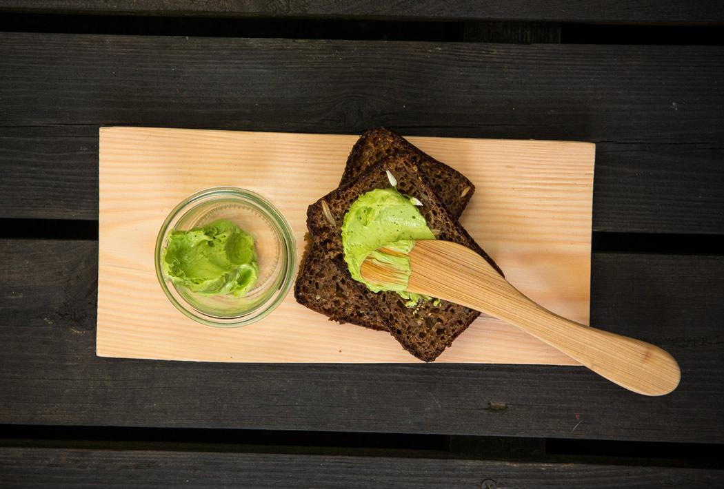 parim-soogikoht-parnus-kohvik-restoran-hea-maa-Juuretise leib-karulaugu-majonees-3