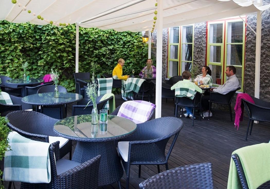 parim-soogikoht-parnus-kohvik-restoran-hea-maa-Terrass-3